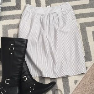 Super cute! Striped skirt, WITH POCKETS!